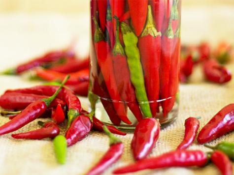 Ajíes (chiles) en vinagre a la rumana