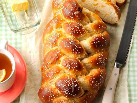 Pan trenzado con pasas (jalá dulce)