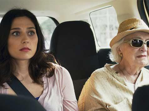 """En la película """"The Last"""", recién estrenada en Estados Unidos, una bomba explota en el seno de una típica familia judía de New York..."""