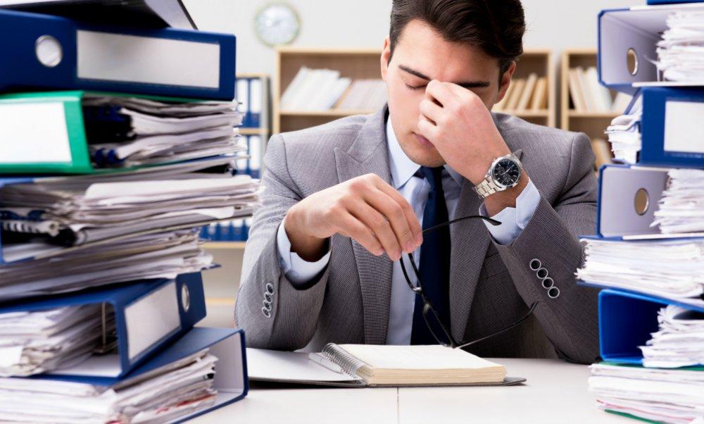 Trabajar mucho hace mal a la salud