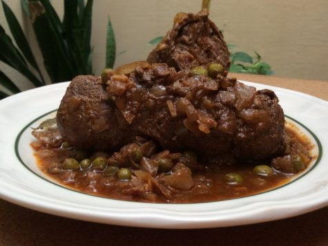 Carne con salsa de aceitunas