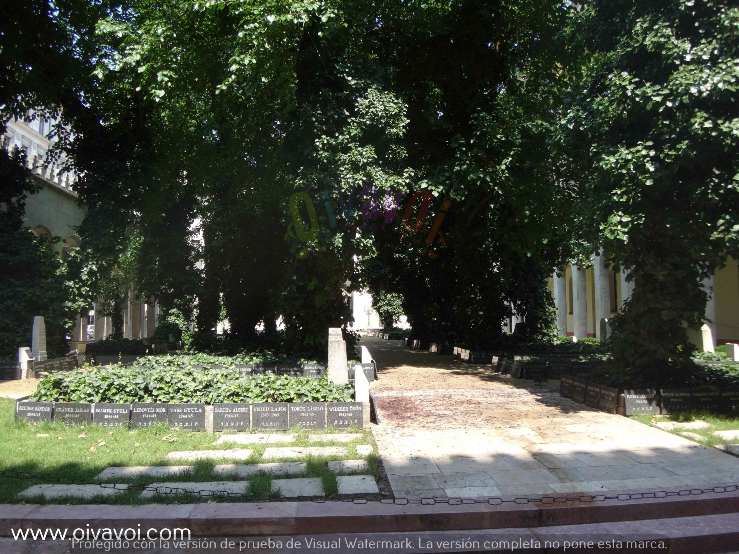 Cementerio en la sinagoga Dohany