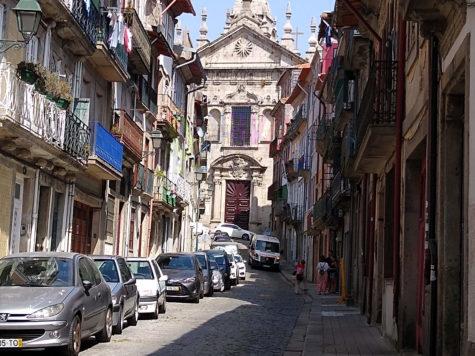 La rua de Sao Miguel de Oporto