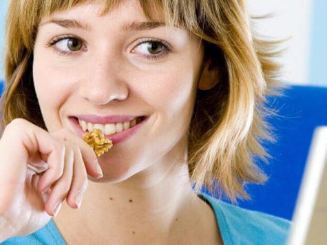 Alimentos afrodisiacos de la cocina judía: las nueces