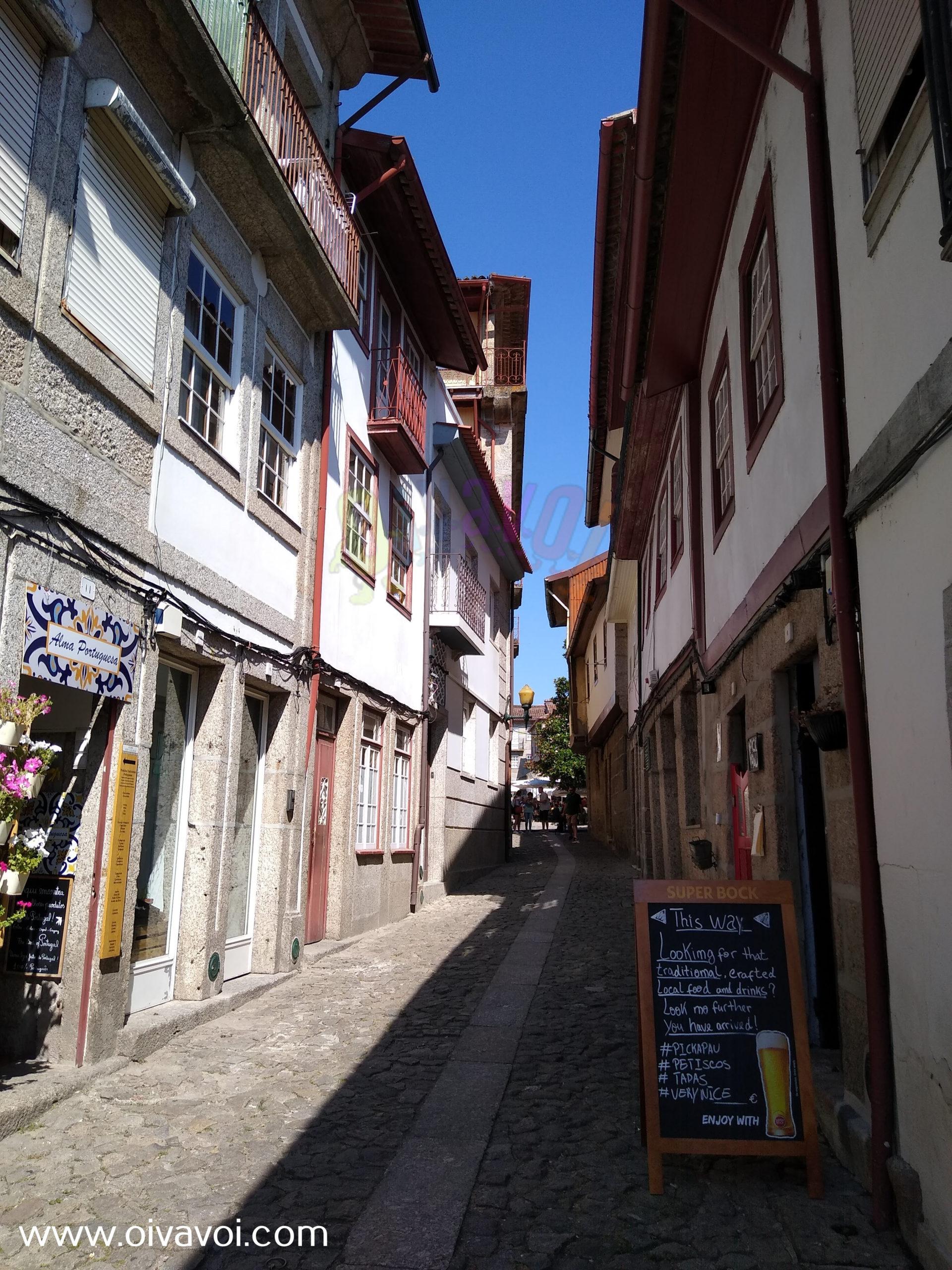 rua da judiaria en guimaraes