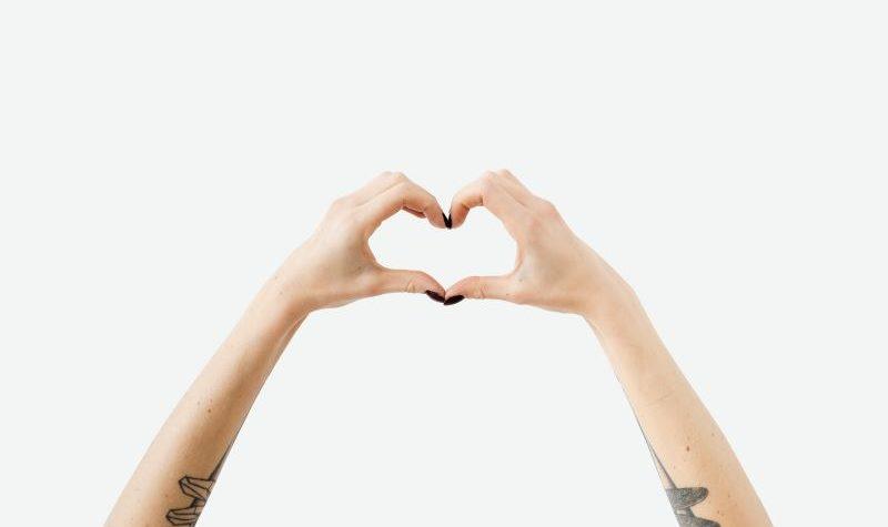 """La """"hormona del amor"""" también aumenta la agresividad, dicen científicos israelíes"""