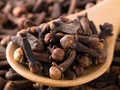 Alimentos afrodisiacos de la cocina judía: la nuez moscada