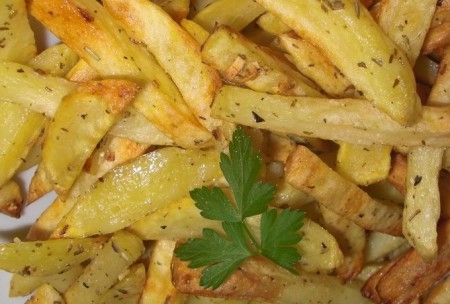 Patatas fritas a las finas hierbas