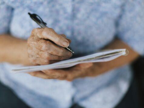 Cómo escribir tus memorias o autobiografía