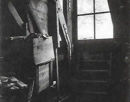 Sala de estar general y dormitorio de Hermann y Auguste van Pels en la casa de Ana Frank