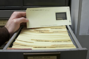 Documentos en microfilm: cómo consultarlos sin volverse locos